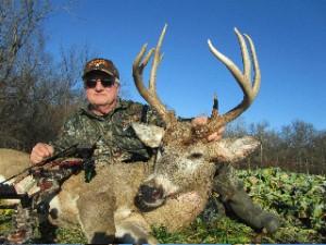 Killing mature bucks on food plots for deer